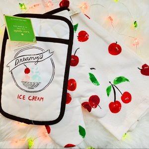 Kate Spade   Cherry Ice Cream Kitchen Set